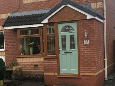 brick and wood effect porch from Porch builders RTE